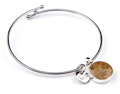 Dune Jewelry bracelets of sand from favored Maryland and Delaware beaches. Find them in the gift shop at riverhillgardencenter.com