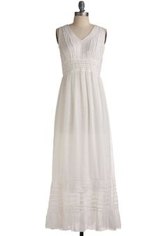 such a dreamy dress...would look amazing with colored sandals and some fun baubles and a TAN! :D