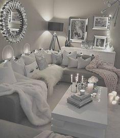 34 Cozy Black and White Living Room Decor Ideas - Home Decor Ideas Bungalow Living Rooms, Glam Living Room, Living Room Decor Cozy, Elegant Living Room, Living Room Grey, Living Room Modern, Apartment Living, Living Room Designs, Cozy Apartment