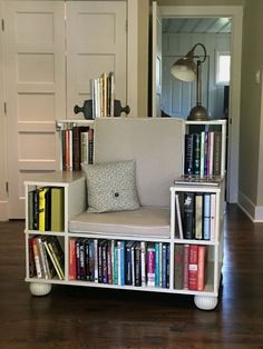 want some creative DIY bookshelf chair inspirations? then you must explore these 5 DIY Bookshelf Chair Plans that are looking divine and allows amazing storage cubbies Cool Bookshelves, Bookshelf Plans, Bookshelf Ideas, Bookshelf Inspiration, Ladder Bookcase, Diy Bookshelf Chair, Diy Chair, Book Shelf Chair, Homemade Bookshelves