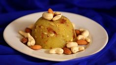 Let's continue our South Indian food discovery. Indian Semolina Pudding (Kesari Bath)