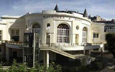 Casino De Royat : Organisez votre événement dans ce lieu original à fort impact. http://www.aleou.fr/salle-seminaire/10025-casino-de-royat.html