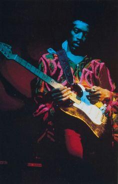 Jimi Hendrix youtubemusicsucks.com #jimihendrix #hendrix #bandofgypsys #classicrock #60srock