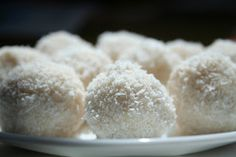 pre-workout energy balls made from coconut butter and mac nuts. via Budget Paleo... Made Easy.