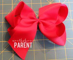 How to Make a Big Southern Bow - Northshore Parent Large Hair Bows, Ribbon Hair Bows, Ribbon Flower, Fabric Flowers, Ribbon Diy, Ribbon Jewelry, Ribbon Crafts, Jojo Hair Bows, Jojo Bows