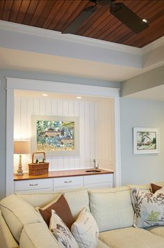 A clever alcove brought to life with VJ paneling. Try EasyVJ to create a similar look
