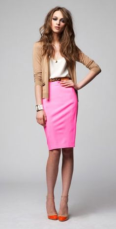 Office Style (Her): Pop o' pink - legit saw this outfit in Boston last week and told my mother I need to buy something similar!