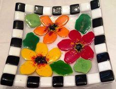 Checkered Flower Plate