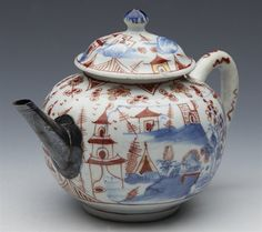 Chinese Qianlong Rounded Lidded Landscape Teapot 18th C.