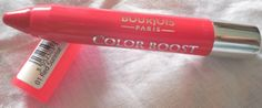 Bourjois, Color Boost, Glossy Finish, Lipstick, red sunrise, review, moisturizing, retractable, color coded, does not settle in fine lines, gives a polished look, good color payoff, all skin tones, SPF 15, non drying, nice tint, no feathering or bleeding, travel friendly, nice shade