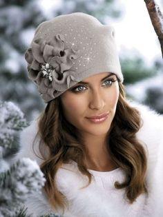 Fascinatorstyles - Her Crochet Sombreros Fascinator, Fascinators, Fleece Hats, Stylish Hats, Hat Shop, Love Hat, Cute Hats, Hat Hairstyles, Hats For Women
