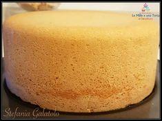 PAN DI SPAGNA ALTISSIMO, ricetta perfetta per un dolce da farcire Sweet Recipes, Cake Recipes, Dessert Recipes, Cioppino Recipe, Italian Cake, Flaky Pastry, Mince Pies, Chiffon Cake, English Food