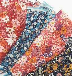 """Loving our """"That 70s Floral"""" trend, the perfect print for spring!   #70s #floral #70sfloral #printsonfabric #fabric #fabricsamples #wearepremierevision #surfacedesign #patterndesign #printfresh"""