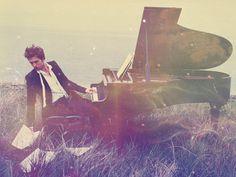 #pianosoftware Robert Pattinson Playing the Piano