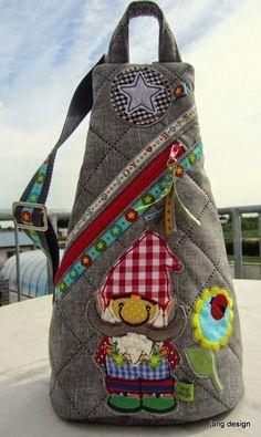 Jang Design: Carlitos Crossbags und Kleidchen