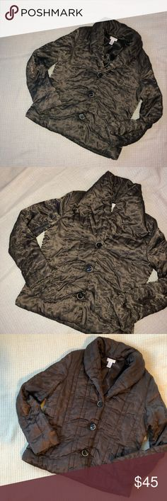 Chico's Olive Green Shiny Puffy Puffer Jacket Coat Pockets, Button Down, fold over collar. Very warm! Great condition except a TINY bit of wear under the arms. Chico's size 1, fits a small Chico's Jackets & Coats Puffers