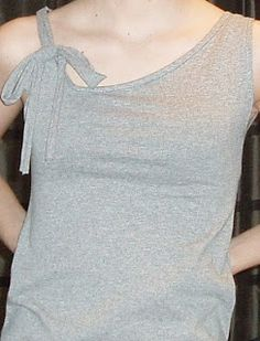 Sew whats happening?: Refashioned t-shirt (asymmetrical tank with bow)