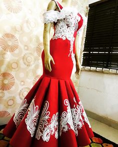 Akinduro Oluwatosin @beccaneedlesnstitches - 💯💯💯💯💯💯💥💥💥💥 - Insta Stalker African Fashion Dresses, African Dress, Under Dress, Dress Up, Aso Ebi, African Fabric, Evening Gowns, Beautiful Dresses, Freedom