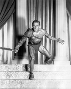 Kirk Douglas, 1960, male, actor, nude, muskuløs, muscular, black and white, photography, never forget, celeb, sword, Spartacus