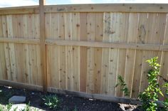 In this tutorial you will learn the basic steps involved for building a 6 foot privacy fence out of cedar wood.