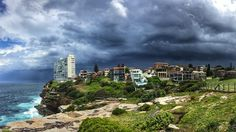 A huge storm cell passing over Sydney  #sydneystorm by elisaeves