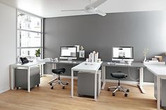 Handcrafted, American-made modern office furniture combines beauty and functionality to tackle any size project. Home office furniture that best suits you. Contemporary Desk, Modern Desk, Modern Table, Desk Layout, Adjustable Height Desk, Home Office Furniture, Rooms Furniture, Furniture Design, Home Office Design