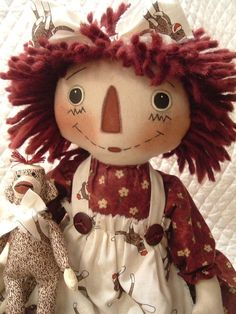 Primitive cute raggedy ann type doll and sock monkey 1 Monkey Pictures, Fabric Dolls, Rag Dolls, Ann Doll, Doll Patterns, Animal Patterns, Raggedy Ann And Andy, Doll Maker, Doll Toys