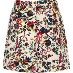 Yoins High Waisted Petite Pattern Flowers Skater Skirt (€13) ❤ liked on Polyvore featuring skirts, flower skirt, high-waisted skater skirts, petite skirts, summer skirts and patterned skirts