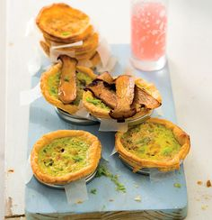 Asparagus and blue cheese quiches Woolworths Food, A Food, Food And Drink, Cheese Quiche, Savory Tart, Bean Burger, Quiche Recipes, Baked Beans, Melted Cheese