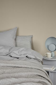 Gorgeous Color and Styling Inspiration by Jotun - Nordic Design Home Bedroom, Bedroom Wall, Bedrooms, Color Inspiration, Interior Inspiration, Small Bedroom Colours, Jotun Lady, Executive Office Furniture, Beige Paint