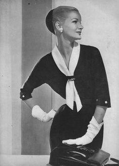 Sunny Harnett <3 Vogue, December 1955