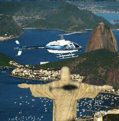 Passeios de Helicóptero panorâmicos no Rio de Janeiro - Presente Experiências - BERGOLLI ® http://www.presentes-bergolli.com/br/passeio-de-helicoptero-rio-de-janeiro-4.html