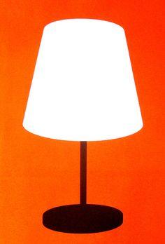 Lamp by. well, it must be Patrick Caulfield, no? Pop Art, Michael Craig, Hard Edge Painting, John Cage, Gcse Art, Photorealism, Vintage Lamps, Everyday Objects, Art Design