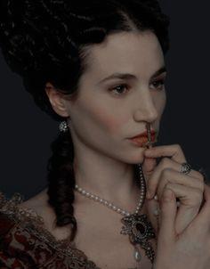 Elisa Lasowski as Marie-Thérèse in Versailles Fierce Women, Versailles, Photoshoot, Portrait, Organize, Spanish, Brother, Aesthetics, Dragon