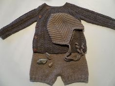 Baby-Necessities Made For The Darling D Strikkemamma - Diy Crafts - maallure Crochet Bebe, Knit Crochet, Knitting For Kids, Baby Knitting Patterns, Baby Barn, Wool Shop, Baby Layette, Knitted Baby Clothes, Baby Kind