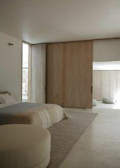 portes coulissantes modernes en bois pour une ambiance fraîche