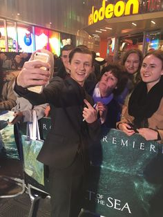 Tom Holland hits the #InTheHeartOfTheSea red carpet