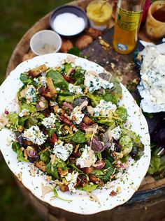 Roquefort salad with croutons and lardons