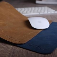 This minimalist yet useful design will allow you to use your computer mouse effortlessly while browsing.