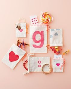 Stenciled Gift Bags  @Margot Watt   this would be cute too! with stencilled hearts- or stamp with fruit!