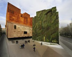 Caixa Forum's Vertical Garden by Patrick Blanc (Madrid)       Via: la_caixa