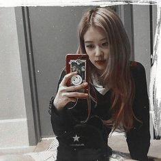 Aesthetic Girl, Aesthetic Roses, Aesthetic Images, Kpop Aesthetic, South Korean Girls, Korean Girl Groups, Rose Icon, Blackpink Members, Rose Park