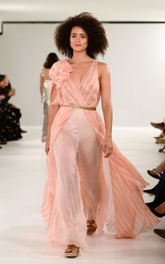 Nathalie Emmanuel / Missandei The Best of London Fashion Week Spring 2019 Hottest Female Celebrities, Celebs, Swagg Girl, Game Of Thrones, Nathalie Emmanuel, Oscar Dresses, Good Looking Women, Beautiful Actresses, Indian Fashion