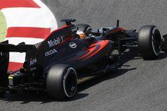 McLaren MP4/30 - Honda