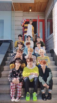 Search free seventeen Wallpapers on Zedge and personalize your phone to suit you. K Pop, Carat Seventeen, Seventeen Album, Dino Seventeen, Seventeen Memes, Seventeen Scoups, Jeonghan Seventeen, Monsta X, Diecisiete Wonwoo