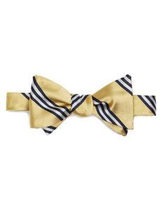 The first bow I learned to tie. A classic classic.