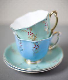 Lovely in pastel blue Vintage Crockery, Vintage Cups, Vintage China, Vintage Tableware, Café Chocolate, Blue Cups, China Tea Cups, My Cup Of Tea, Tea Service