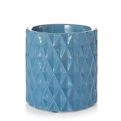 Ainsley w/ Timer ... Diamond facets add a touch of mid-century design to a warmer in an up-to-the-minute lake blue.