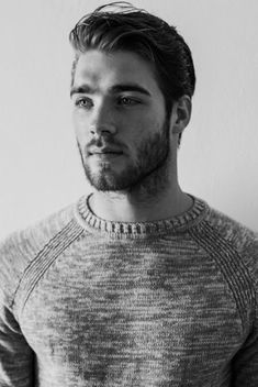 men-hairstyle-with-sweater Sweater outfits for men – 17 Ways to Wear Sweaters Fashionably