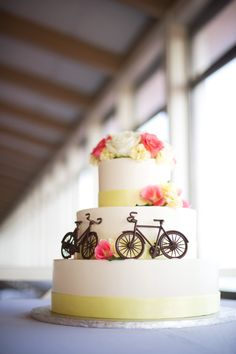 For a Mackinac Island Wedding... Even though I'm already married, I love Mackinac!! Wedding Themes, Our Wedding, Wedding Cakes, Wedding Decorations, Wedding Ideas, Decor Wedding, Bicycle Cake, Bike Cakes, Bicycle Themed Wedding